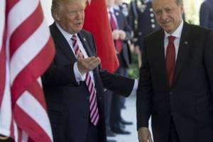 "Recep Tayyip Erdogan primit cu ""prietenie "" de Donald Trump la Washington"
