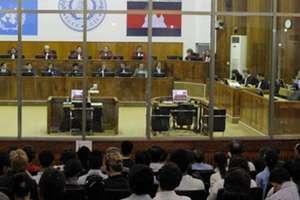 Sala tribunalului special care îi judecà pe fostii responsabili khmeri rosii la Phnom Penh