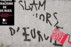 Manifest al unei asociaţii antirasiste care consideră că multe străzi din Franţa au nume cu conotaţie rasistă.