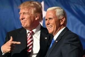 Donald Trump si Mike Pence la Conventia republicanilor, Cleveland, Ohio, 21 iulie 2016.