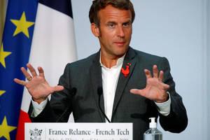 Emmanuel Macron, luni 14 septembrie, la Palatul Elysée, vorbind în fata patronilor industriilor de înaltà tehnologie.