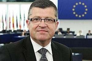 Franck Proust este presedintele delegatiei franceze din grupul PPE