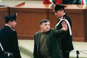 Toto Riina, cea mai importantà figurà a mafiei siciliene, la tribunalul din Palermo pe 4 martie 1993
