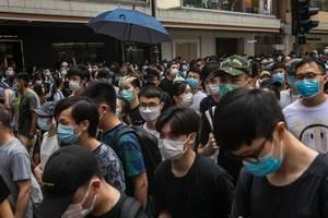 Manifestaţie la Hong Kong împotriva noii legi de securitate naţională, 1 iulie 2020