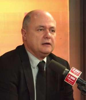 Bruno Le Roux invitat în studioul RFI Paris