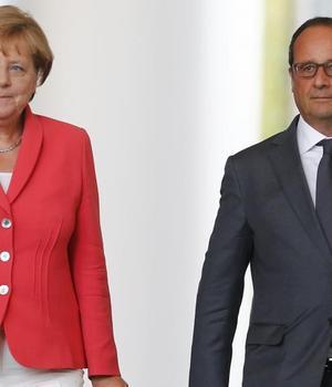 Cancelara germanà Angela Merkel si presedintele francez François Hollande la Berlin pe 24 august 2015