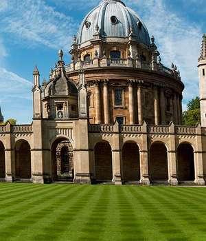 Universitatea Oxford, cea mai veche din Regatul unit, a fost creatà în urmà cu 700 de ani