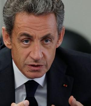 Nicolas Sarkozy, candidat la primarele dreptei pentru prezidentialele de anul viitor, pe 19 septembrie 2016 la Franconville