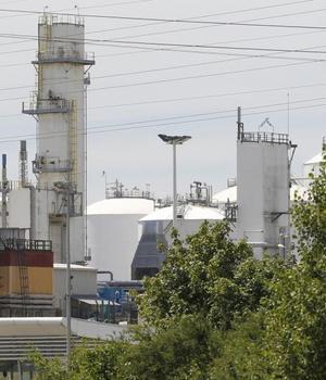 Uzina de gaze chimice din departamentul Isère, vizatà de un atentat al càrui autor ar fi Yassin Salhi