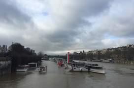 Traficul fluvial a fost sistat în regiunea pariziana