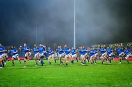 Siva Tau - dansul războinic al samoanilor dinainta fiecărui meci