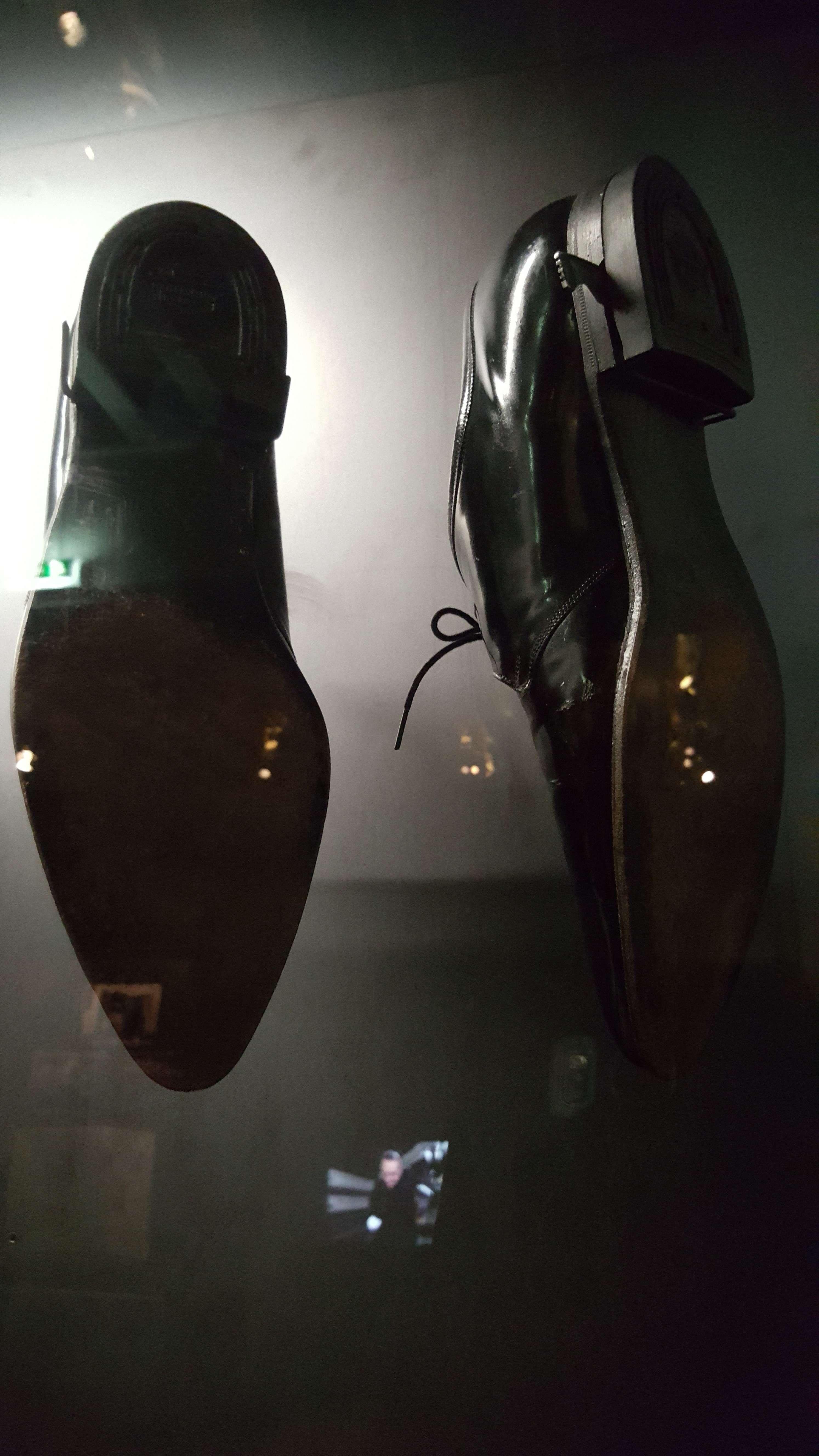 Pantofi de searà americani (marca Florsheim) dotate cu lamà retractabilà