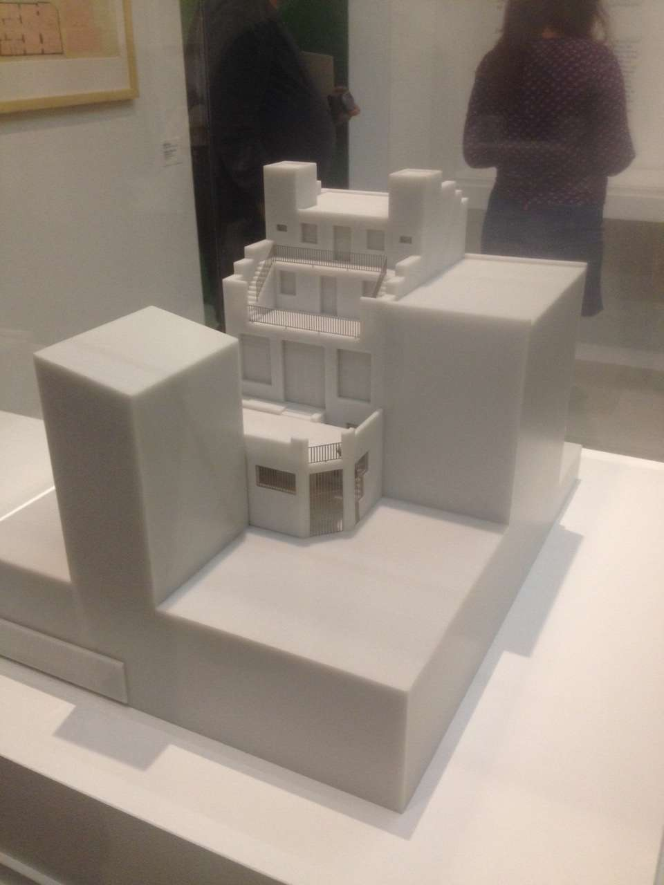 Macheta vilei lui Tristan Tzara din Montmartre desenatà arhitectul vienez Adolf Loos