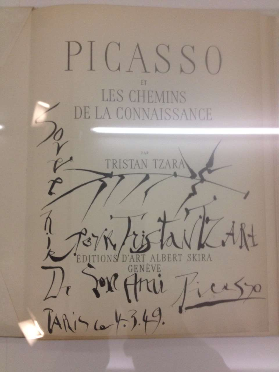 Dedicatie lui Tristan Tzara semnatà de prietenul lui Pablo Picasso
