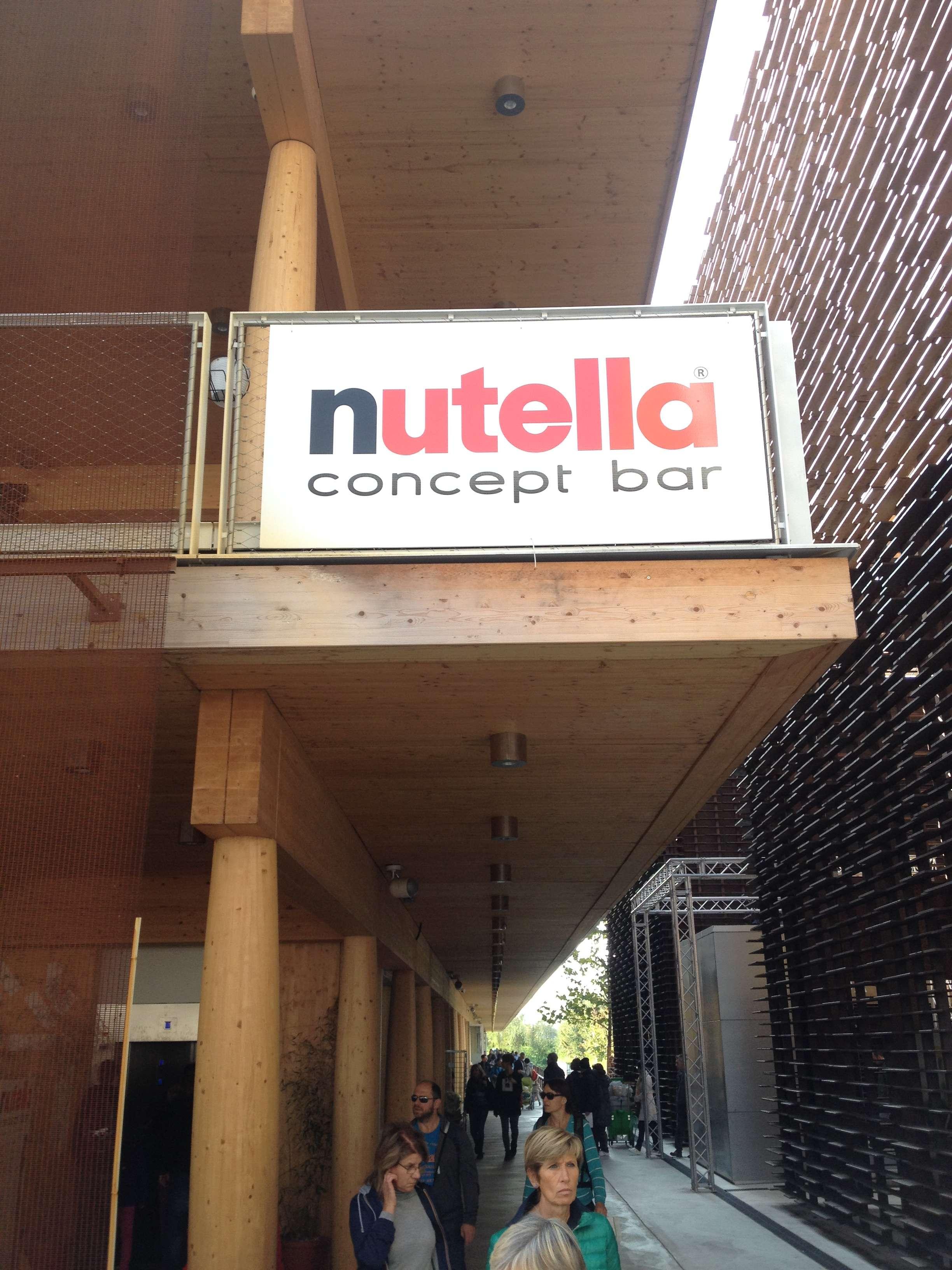"""Ce cautà un """"concept bar"""" Nutella la o expo despre """"hrànirea planetei""""?"""