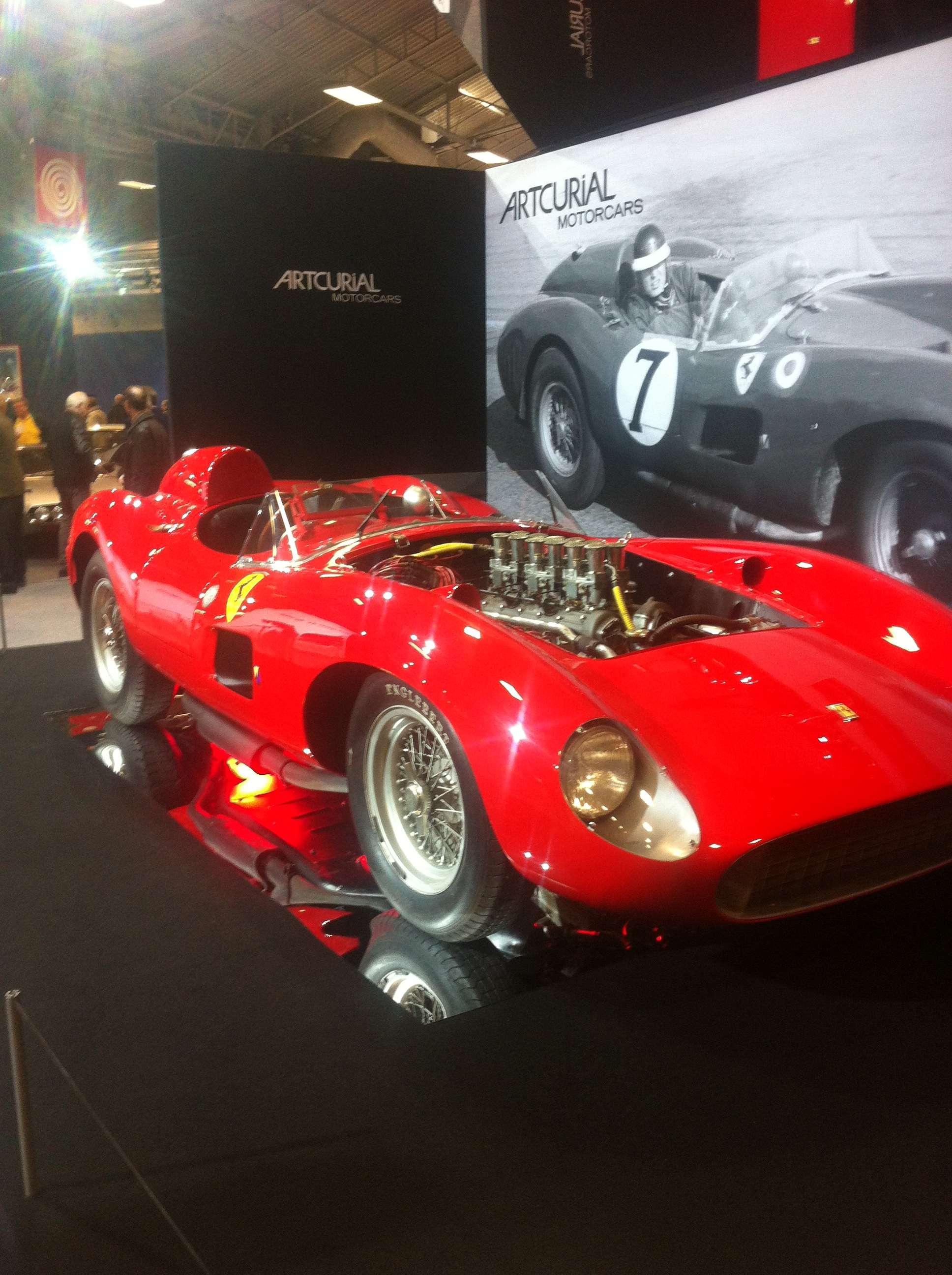 Ferrari 335 S Spider Scaglietti din 1957, scoasà la licitatie si evaluatà între 28 si 32 de milioane de euro!