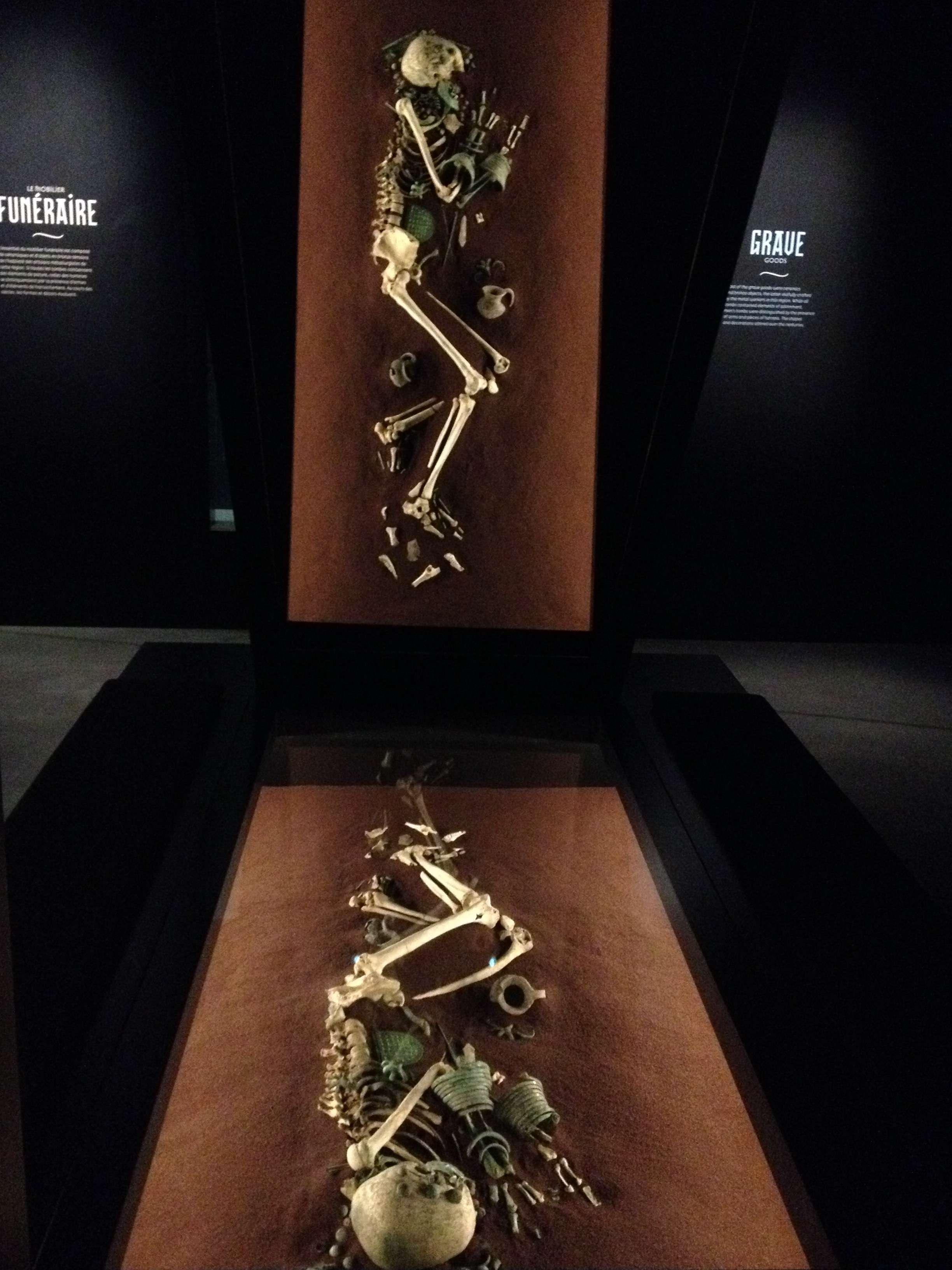 Mormânt de femeie din Osetia de nord, sec. 9-8 în.Hr.