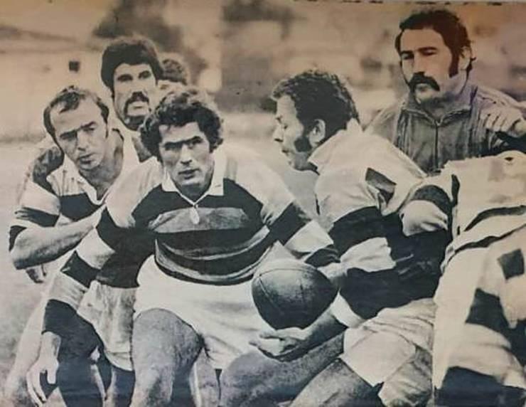Alexandru Pop cu balonul, flancat (de la stânga) de Vasile Țurlea, Gheorghe Dumitru, Georghe Dărăban și Constantin Dinu
