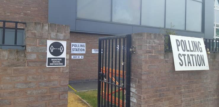Secție de votare în nordul Londrei