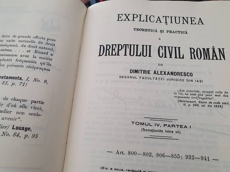 """Explicatiunea teoreticà si practicà a dreptului civil român"" de D. Alexandresco, biblioteca prof. univ. Mircea Dan Bob."