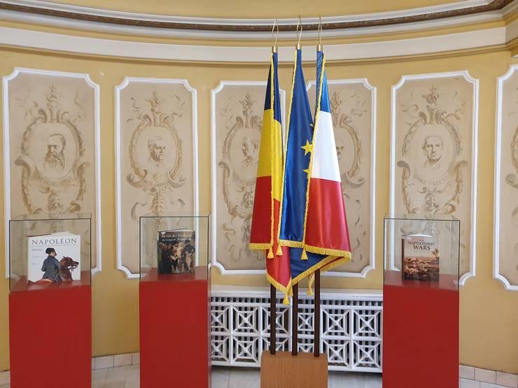 Expozitia de carte dedicatà lui Napoleon poate fi vàzutà în rotonda Bibliotecii militare nationale.