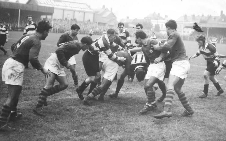 Gloucester 6 București 10, 1956