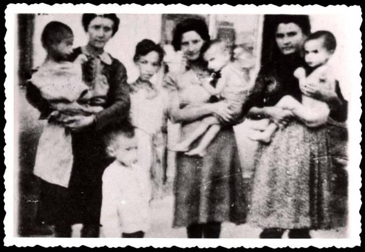 Femei si copii în Transnistria