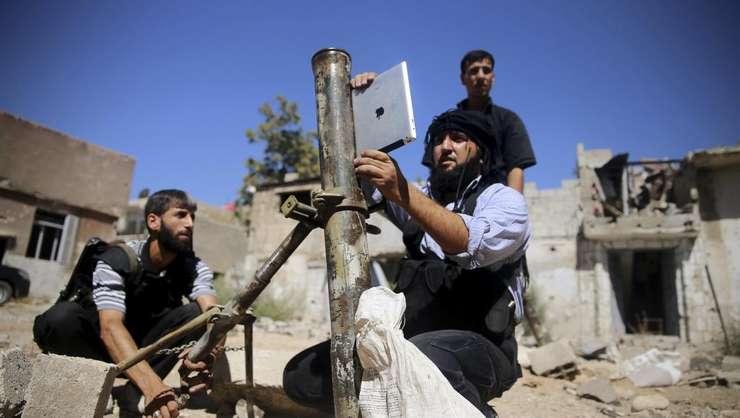 Jihadisti în apropiere de Damasc, în septembrie 2013