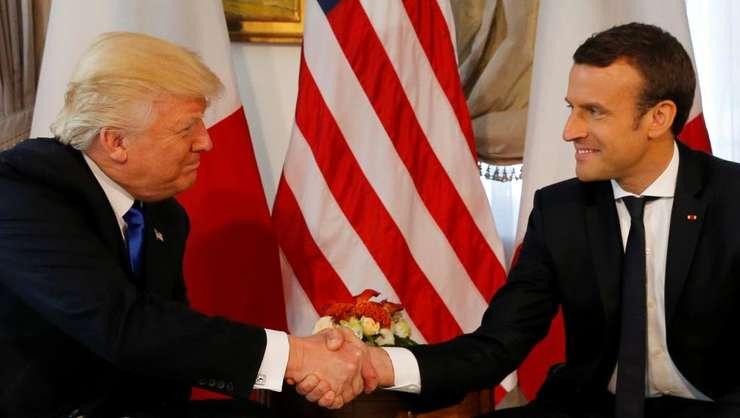 Donald Trump şi Emmanuel Macron -  prima lor întîlnire, pe 25 mai 2017, la Bruxelles, în contextul unui summit NATO