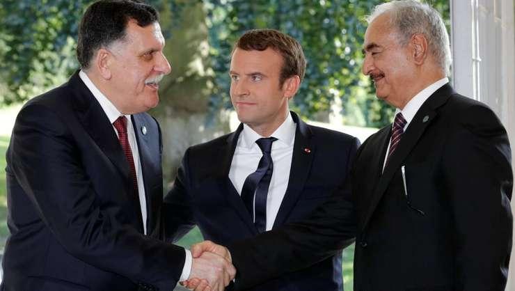 Presedintele Emmanuel Macron mediator între cei doi mari rivali libieni, Fayez al-Sarraj si Khalifa Haftar.