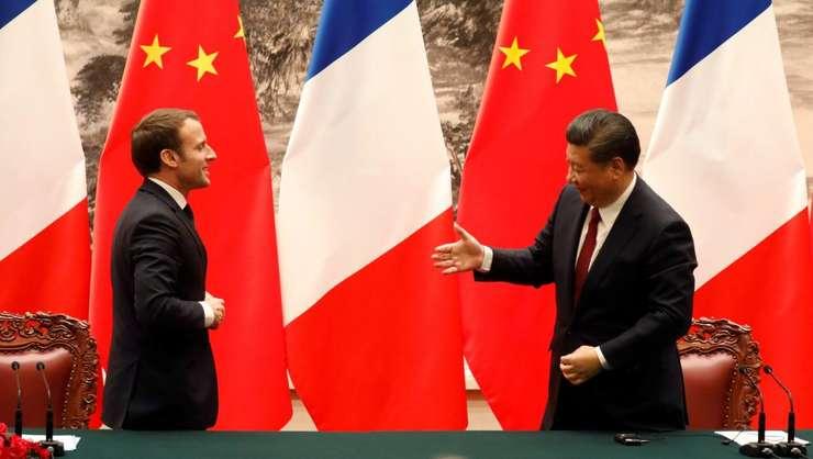 Presedintele francez Emmanuel Macron si omologul sau chinez Xi Jinping, marti 9 ianuarie la Beijing