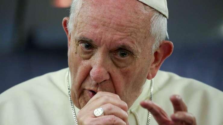 Papa Francisc (foto arhive)