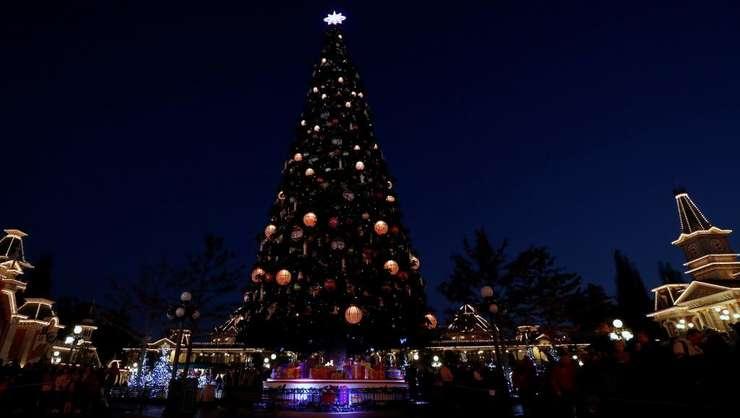 Bradul de Crăciun la Disneyland Paris