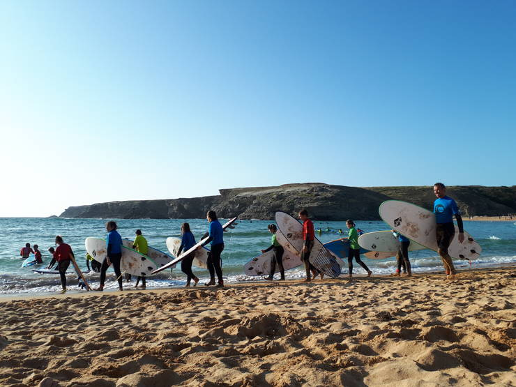 Copiii de la o scoalà de surf, Belle-Ile-en-Mer, august 2019