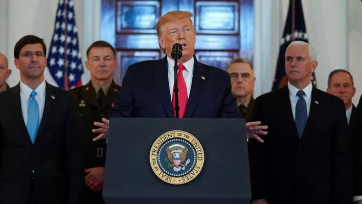 Donald Trump exprimîndu-se la Casa Albă pe 8 ianuarie 2020