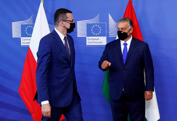 Mateusz Morawiecki si Viktor Orban