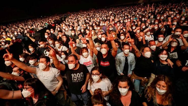 5.000 de spectatori au participat la concertul-test ce a avut loc la Palau Sant Jordi din Barcelona, pe 27 martie 2021.