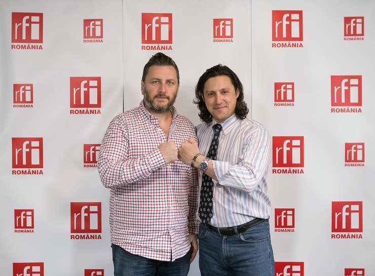 Eduard Irimia și Dan Pavel la radio RFI in studioul de emisie