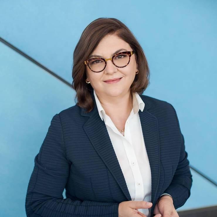 Comisarul european pentru Transporturi  Adina Vălean