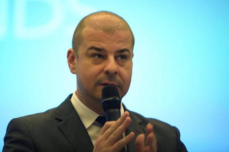 Adrian Dobre îl critică pe premierul desemnat, Florin Cîțu: O propunere neserioasă (Sursa foto: Facebook/Adrian Dobre)
