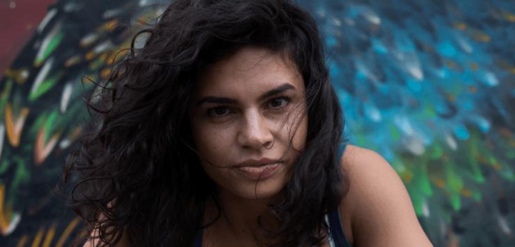 Actrita, realizatoarea, scriitoarea si activista Alina Serban
