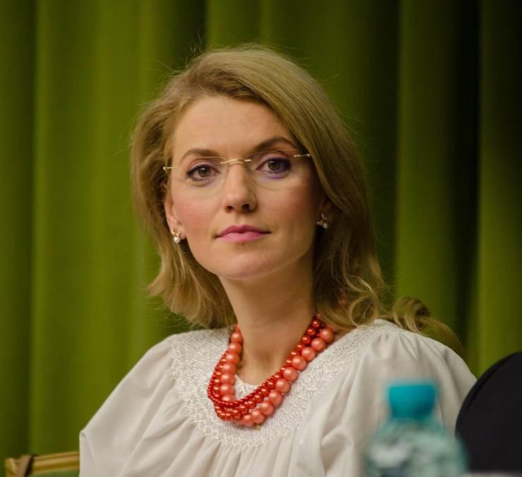 Alina Gorghiu critică PSD, după publicarea rapoartelor GRECO (Sursa foto: Facebook/Alina Gorghiu)