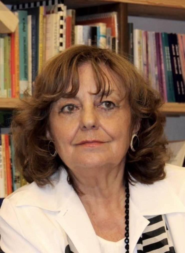 Poeta Ana Blandiana, critică la adresa lui Liviu Dragnea (Sursa foto: Facebook/Ana Blandiana)