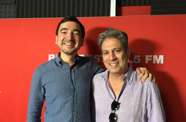 Andrei Breahnă și Nicolas Don in studioul de inregistrari RFI Romania