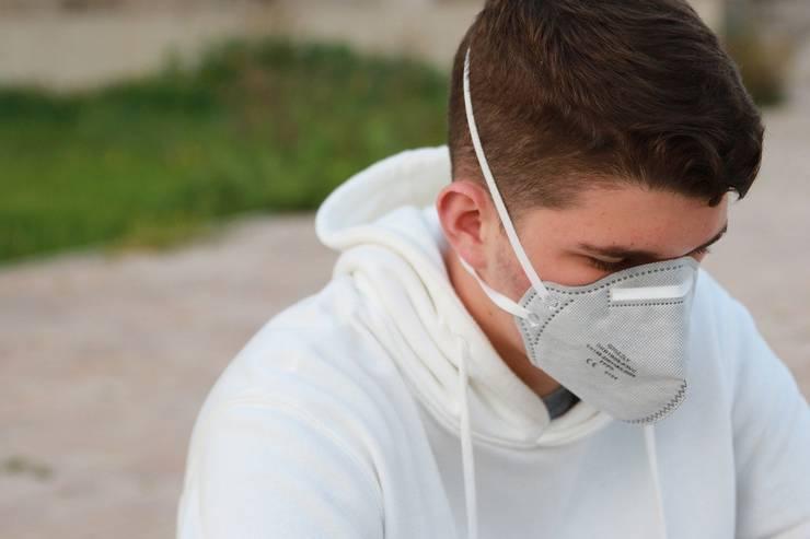 Elevii ar putea fi nevoiți să poarte mască la școală (Sursa foto: pixabay)