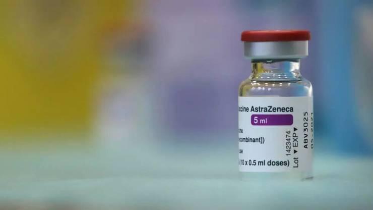 O dozà de vaccin AstraZeneca.
