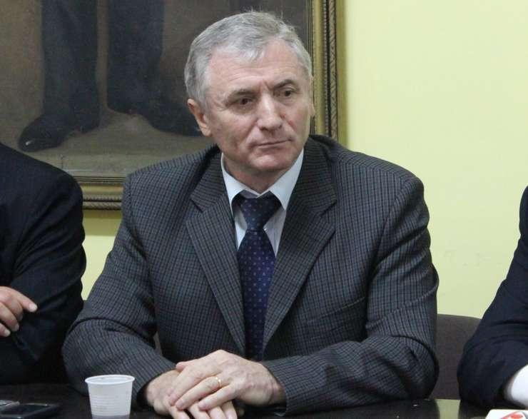 Augustin Lazăr are o vechime în funcția de procuror de 34 de ani