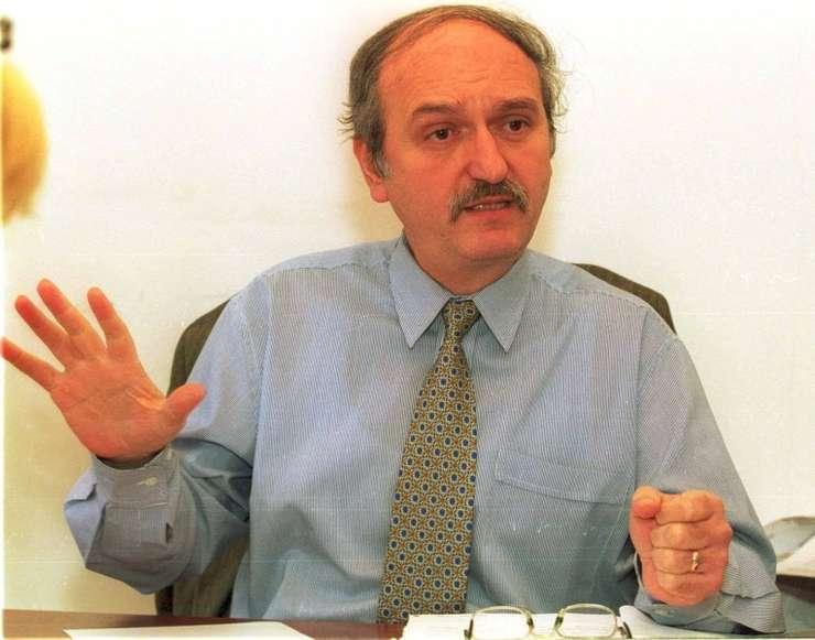 Analistul economic, Aurelian Dochia