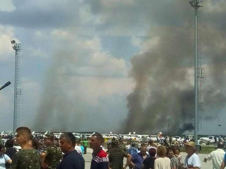 Un MiG-21 Lancer s-a prăbuşit la Baza Aeriană Borcea