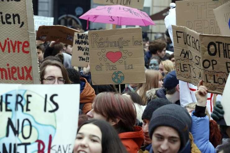 mars pentru climat la Bruxelles